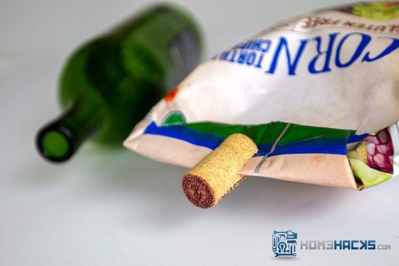 diy wine cork bag clip
